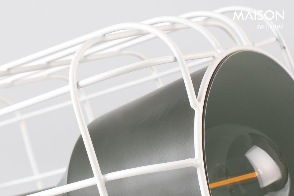 Bonita lámpara de mesa en blanco y negro, imitación de un mini proyector.