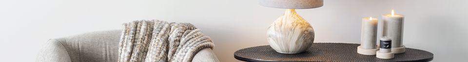 Descriptivo Materiales  Lámpara de mesa Snooz de cerámica