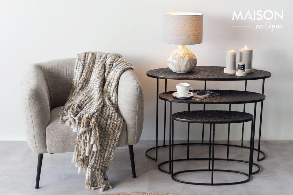 Hermosa lámpara de cerámica y tela