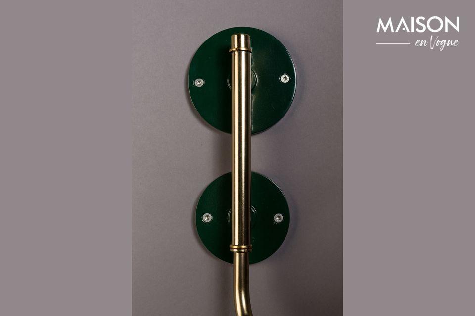 La lámpara de pared Devi verde ahora le ofrece la oportunidad de atreverse con el diseño 100%