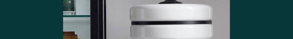 Descriptivo Materiales  Lámpara de pie Icono en blanco y negro en vidrio y hierro