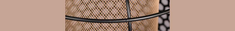 Descriptivo Materiales  Lámpara de piso Archer tamaño M
