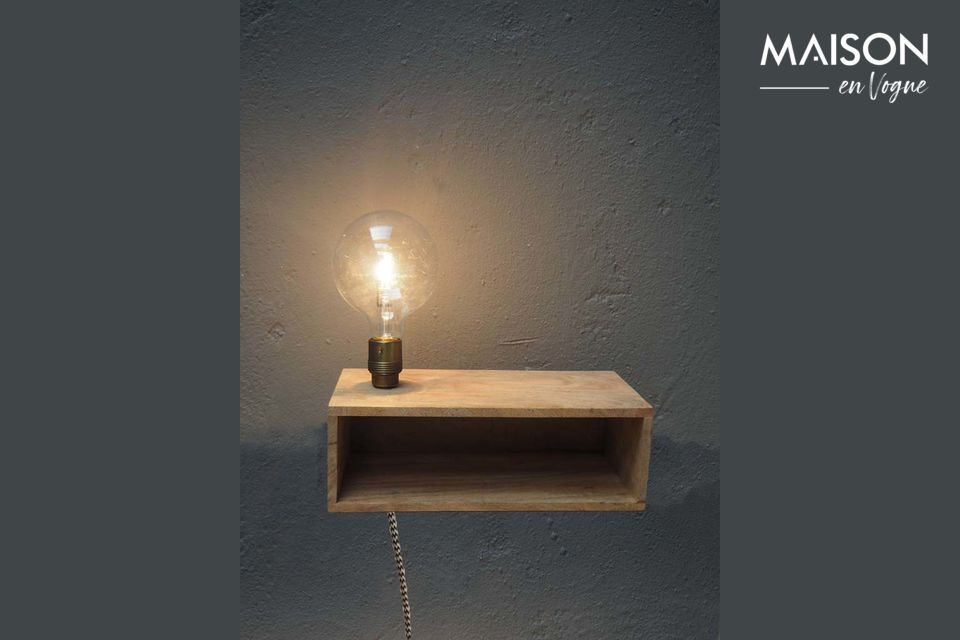 Luz de pared y estante de madera Arsy Chehoma
