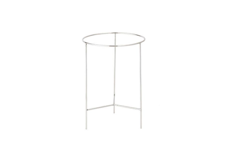 Esta linda mesa redonda está hecha de aluminio lacado natural en las patas y los bordes exteriores