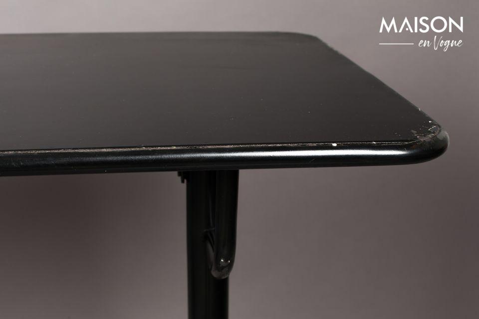 Esta bonita mesa (140 x 50 cm de alto y 104 cm de alto) está hecha completamente de hierro