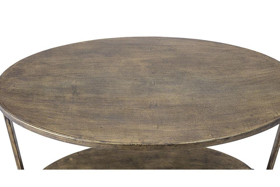 Práctica y elegante mesa de tres niveles