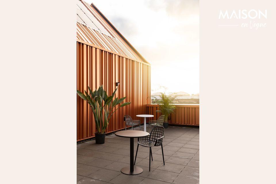 Diseño simple para una mesa robusta