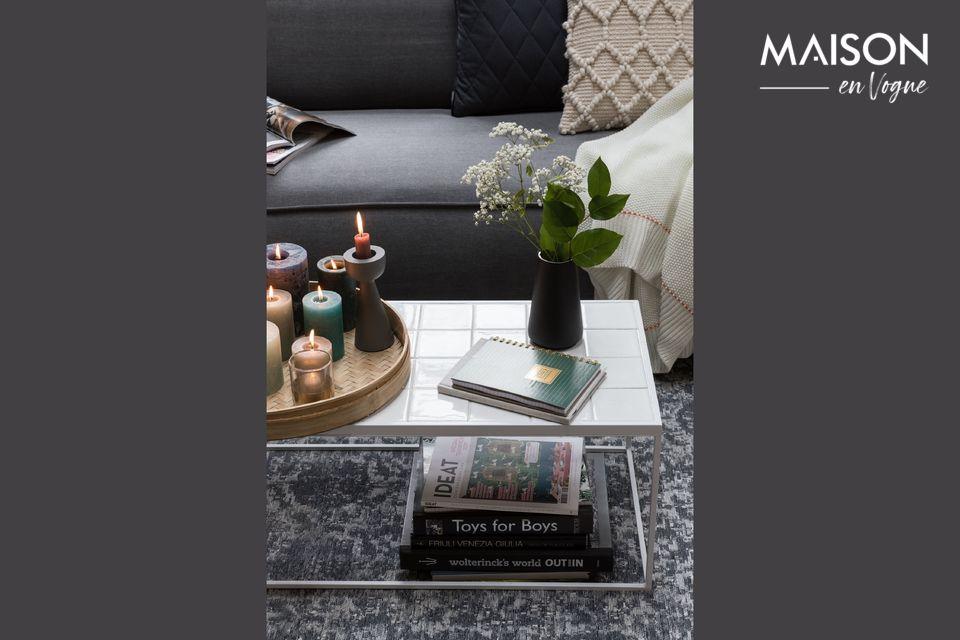 Una elegante mesa de café de cerámica de estilo contemporáneo