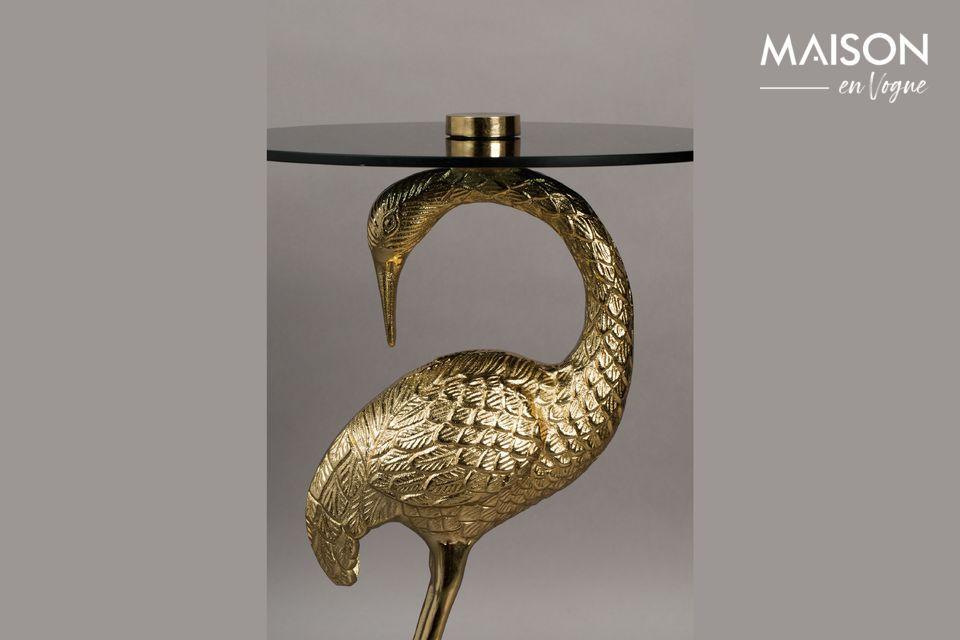 Chapada en oro, la mesa de café Crane es una creación eminentemente refinada