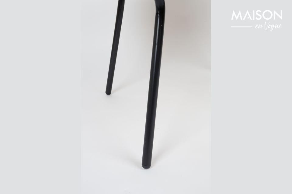 Esta mesa de café con tapa de roble