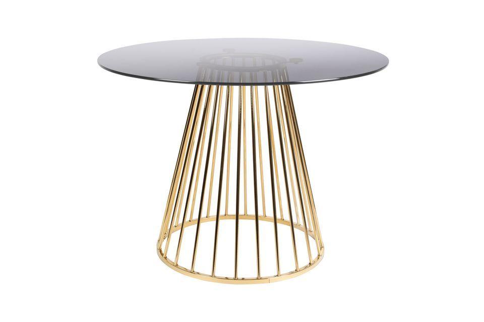 La combinación de estos elementos produce una mesa de comedor con verdadera personalidad