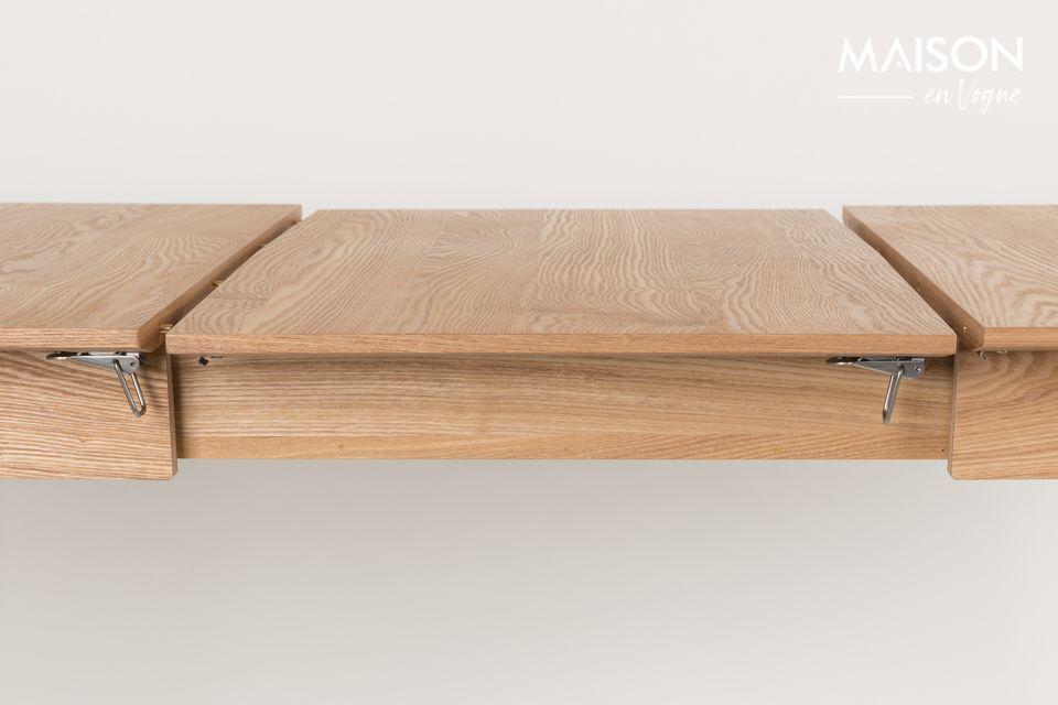 Su elegante diseño conserva la nobleza de la madera y la suaviza con patas de mesa de extremos
