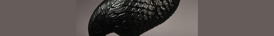 Descriptivo Materiales  Mesa lateral negra Crane