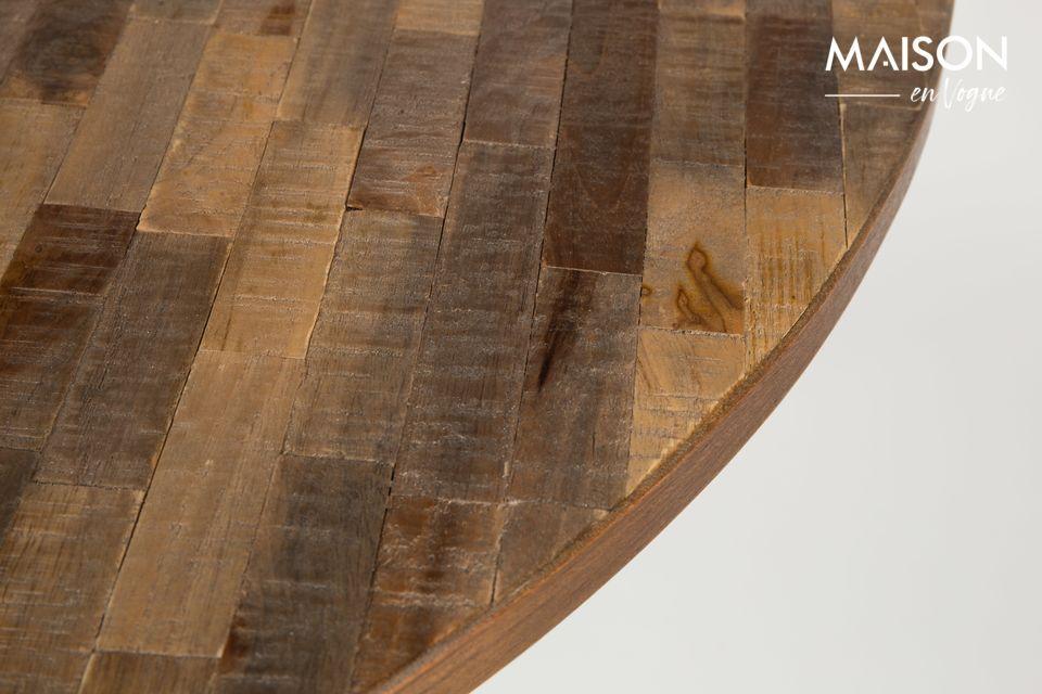 Con una combinación de madera y acero es difícil equivocarse