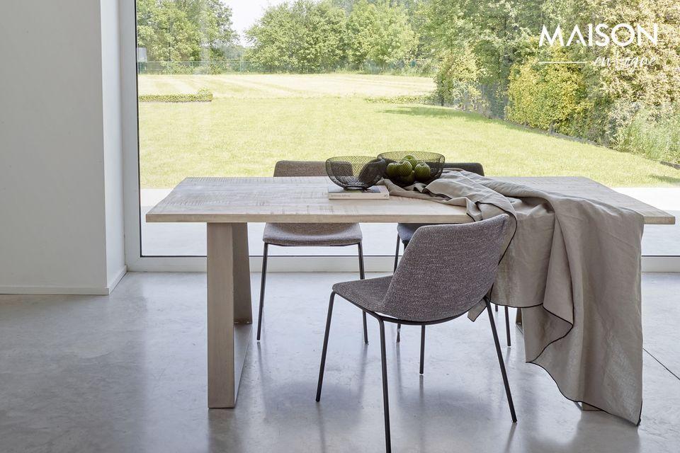 Optar por una mesa moderna y natural al mismo tiempo