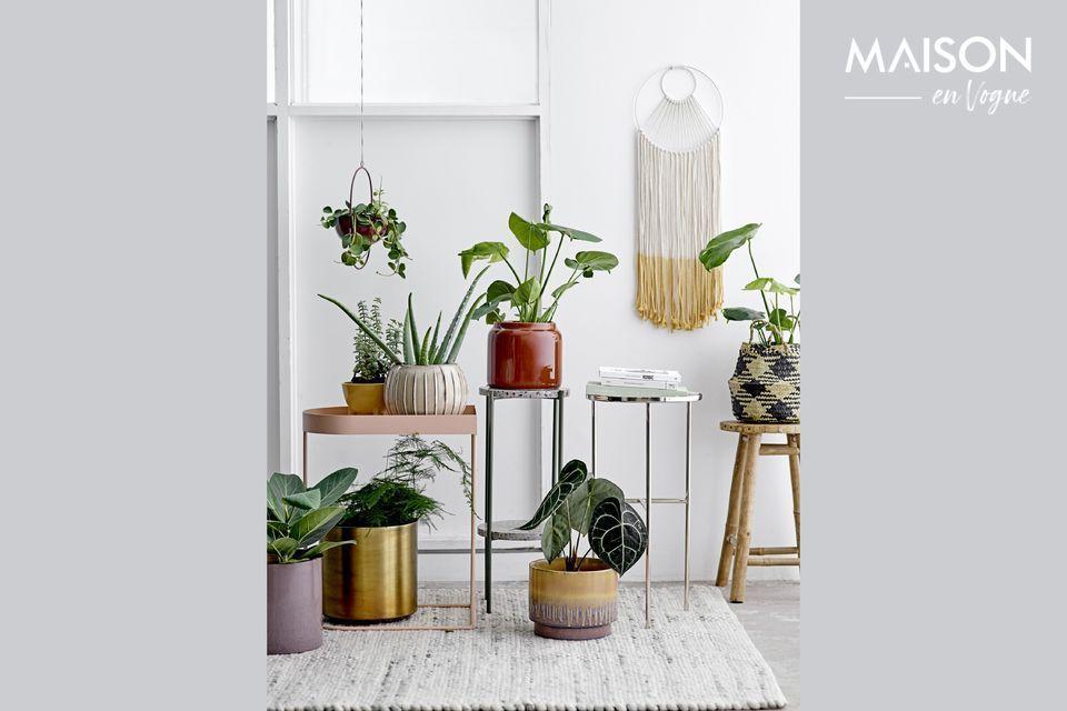 Maceta natural y hecha a mano para plantas hermosas