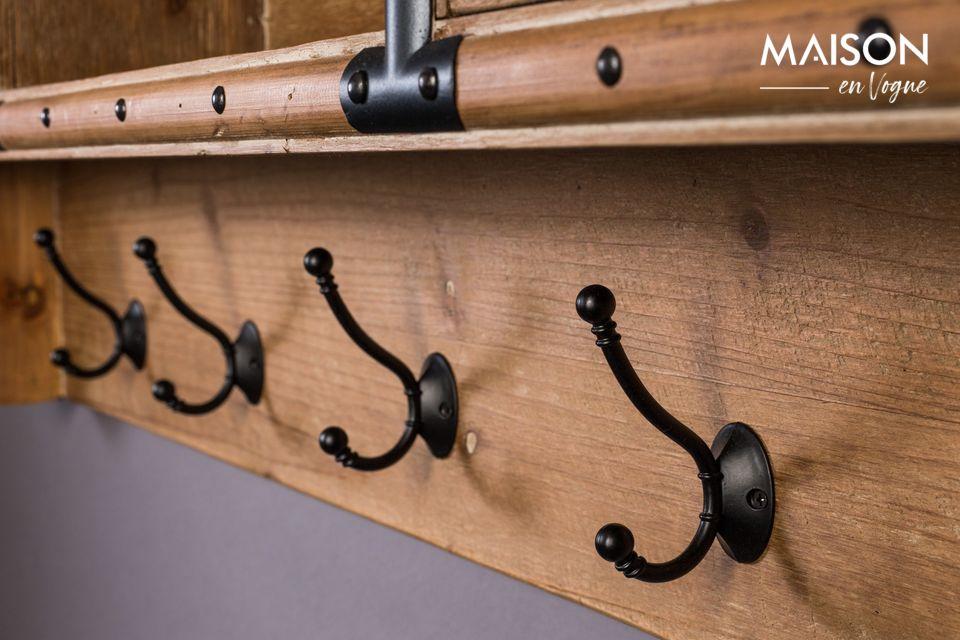 El perchero de Amador tiene 5 ganchos, 4 cajones y un compartimento de almacenamiento abierto