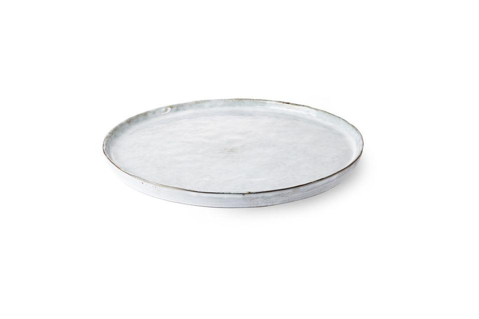 Hecho de cerámica, el plato de Vasselin es muy resistente