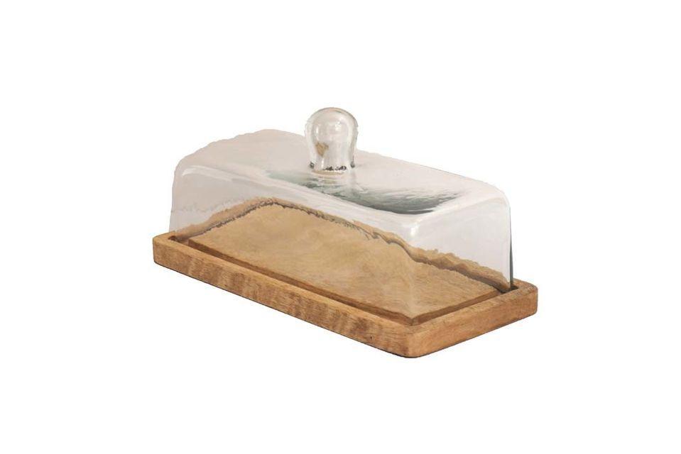 De forma rectangular y equipado con una campana transparente