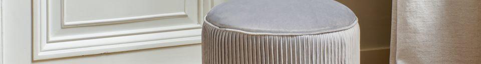 Descriptivo Materiales  Pouf de terciopelo Muncha