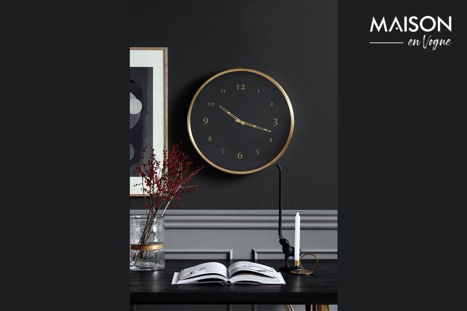 Reloj de pared de metal Saisy Nordal
