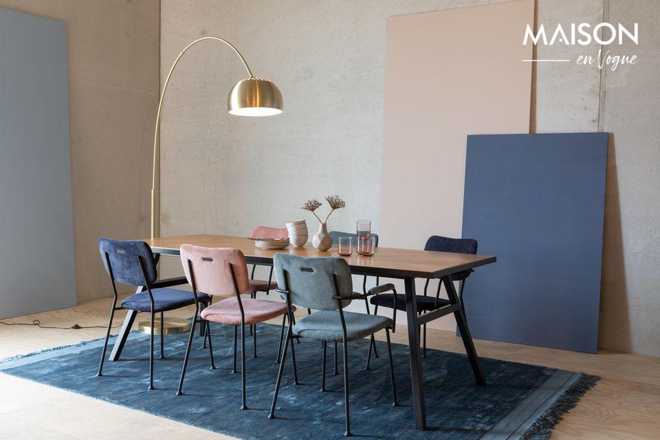 Un diseño audaz para una silla con estilo
