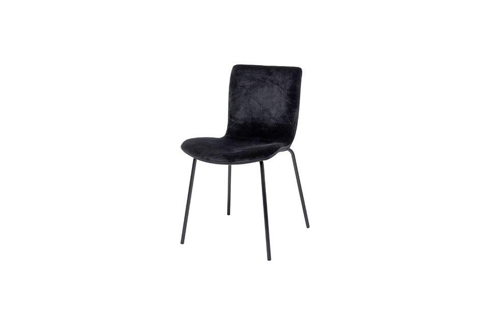 Esta silla de comedor combina la comodidad y la estética sin privilegiar ninguno de estos dos