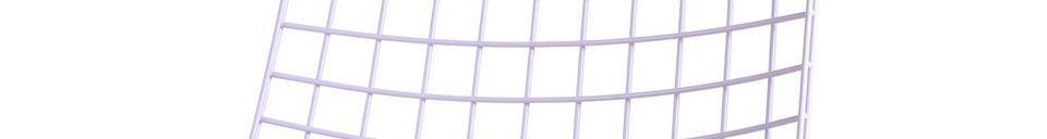 Descriptivo Materiales  Silla de metal de color lila