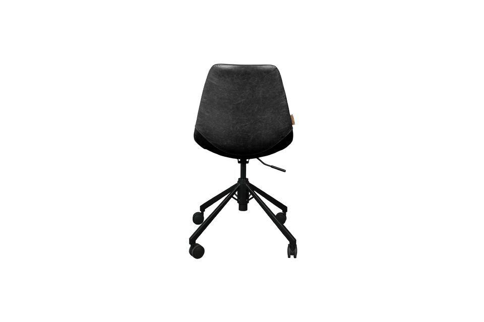 Este modelo de cuero vintage ofrece una gran comodidad de asiento