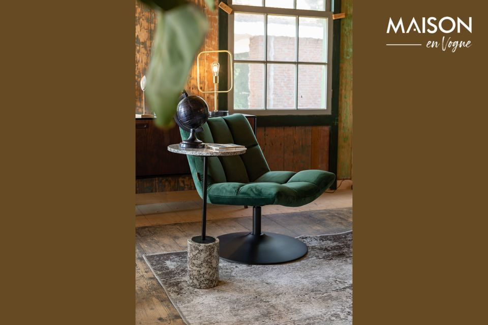 Un elegante y cómodo sillón de salón