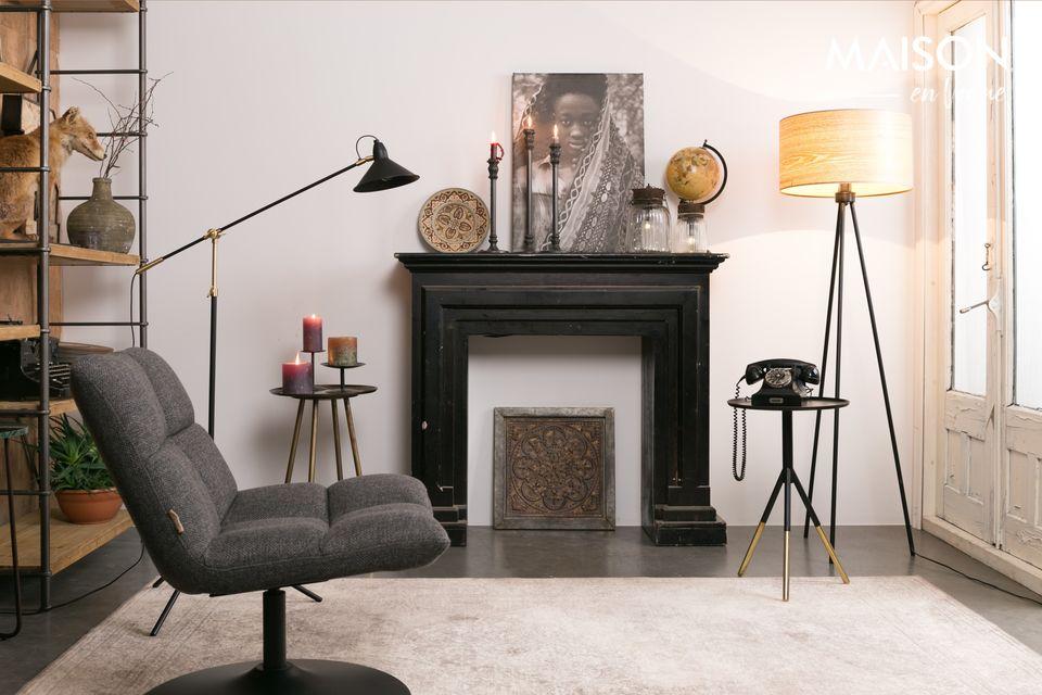 La silla de bar gris oscuro de la marca Dutchbone está claramente inspirada en los años 70
