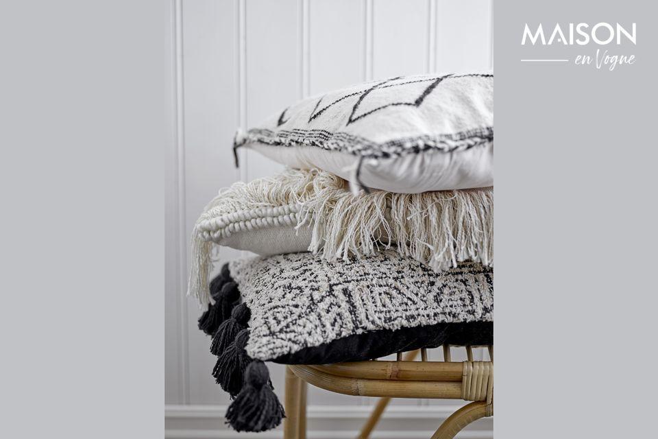 Una silla cómoda con un diseño natural