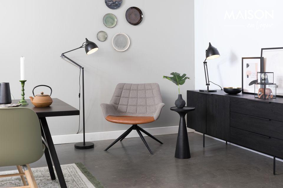 La clase, el encanto y la distinción definen perfectamente la silla de salón Doulton Vintage Brown