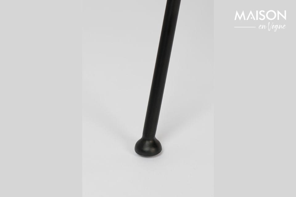 El diseño de la silla Feston Fab se inspira en las líneas dinámicas y flexibles de un guante de