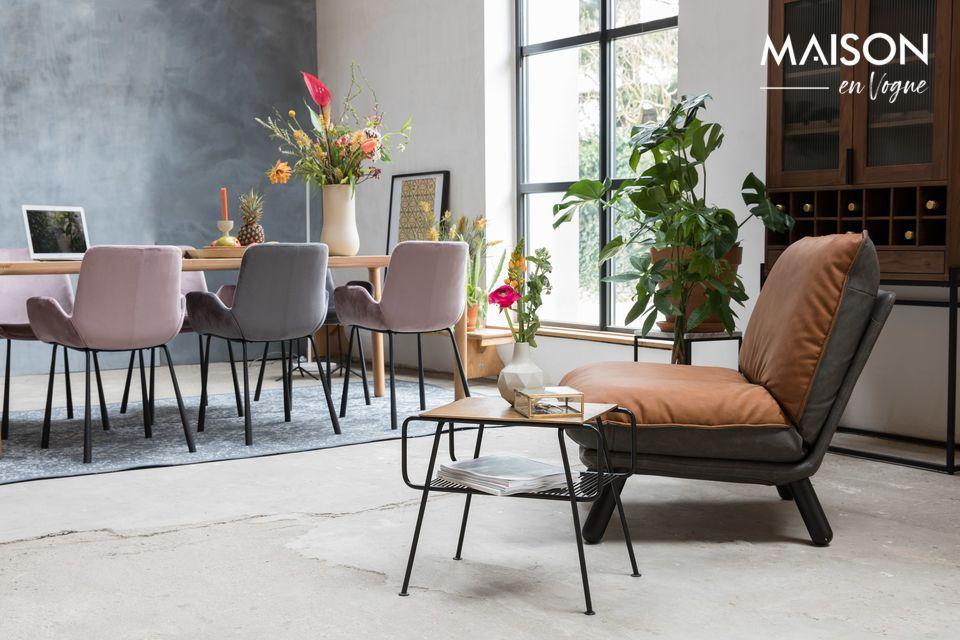 Para máxima comodidad, este mueble puede combinarse con el reposapiés de Lazy Sack a juego