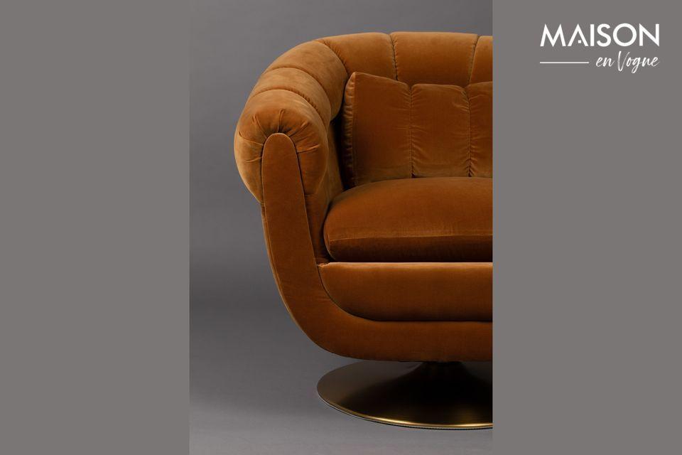 Gracias a su estructura de madera de eucalipto, esta silla puede soportar un peso de 200 kg