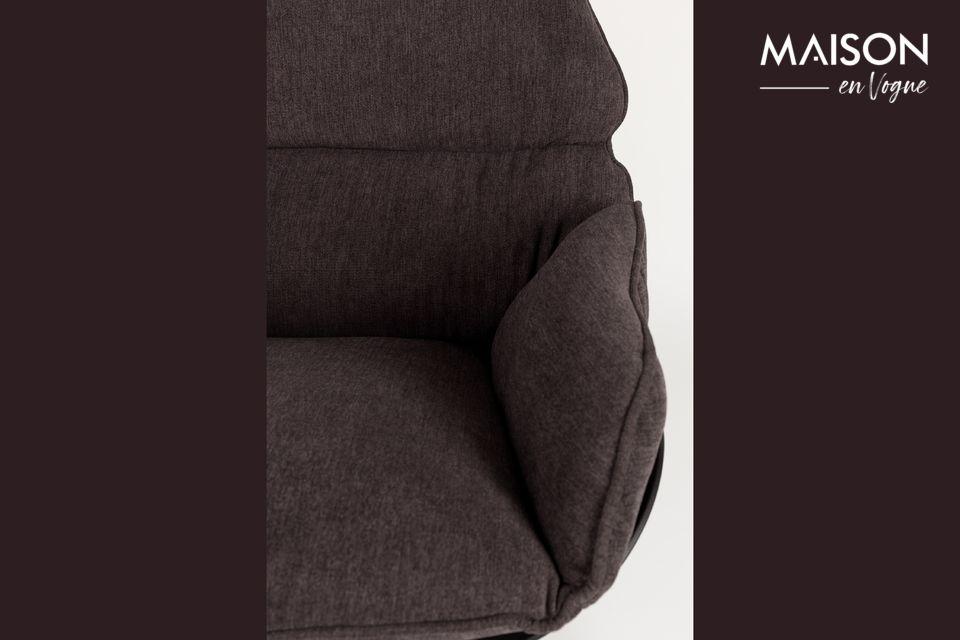 Una silla con un alto nivel de estética y confort