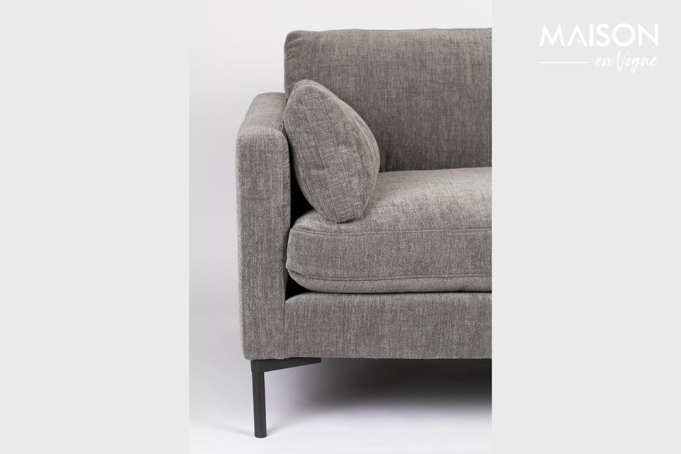 Esta silla ancha está diseñada para una o dos personas