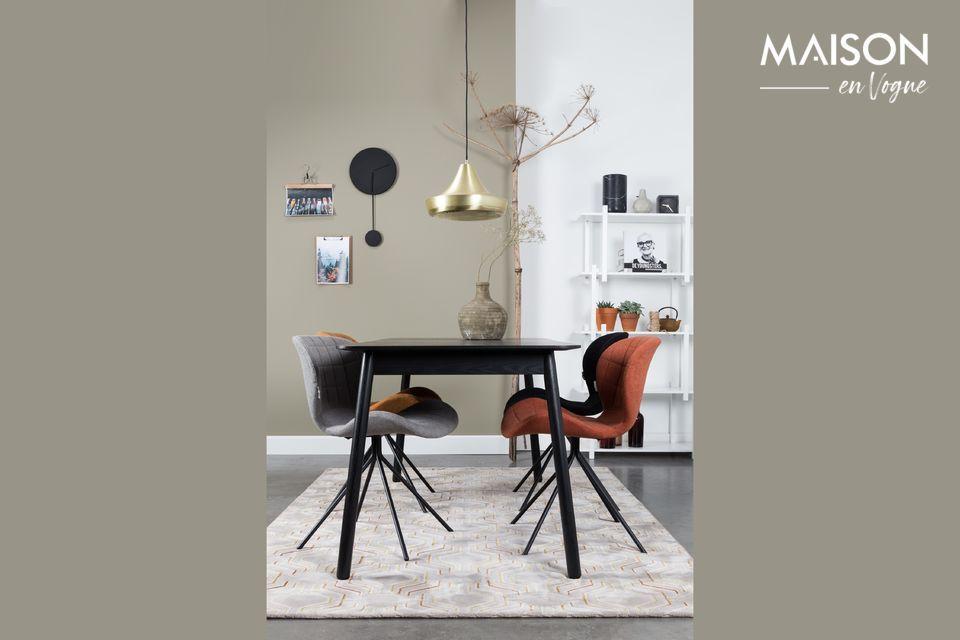 Su color gris claro permite que se integre con elegancia en cualquier interior