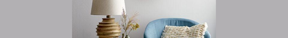Descriptivo Materiales  Sillón azul de poliéster Thenay