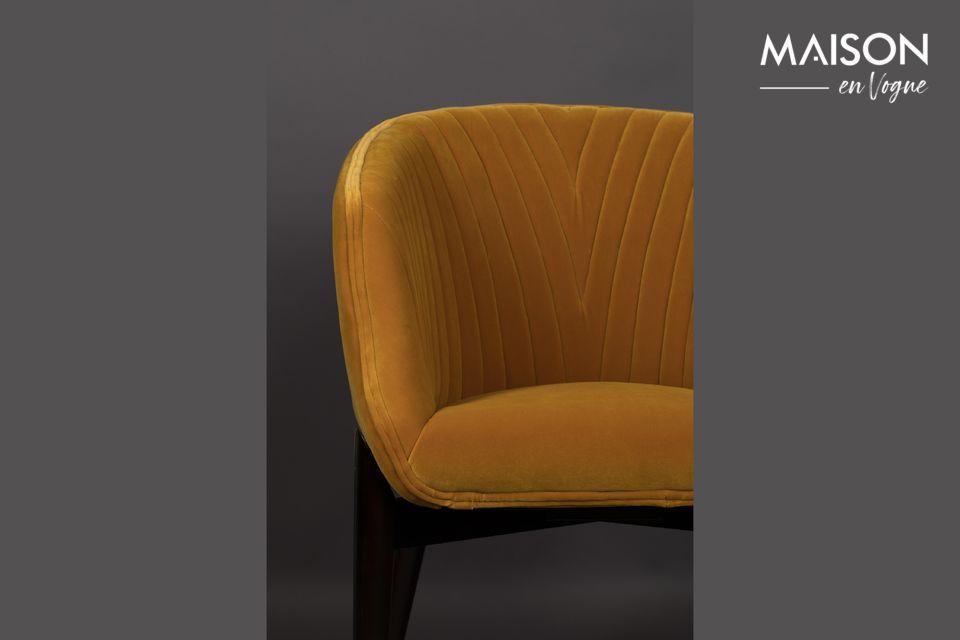 Su denso tapizado y el tacto sedoso de su terciopelo son sinónimos de un acogedor y elegante