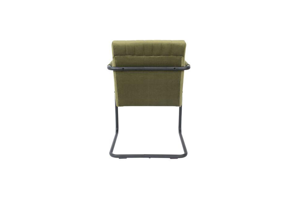 Ideal para un escritorio o una mesa de comedor