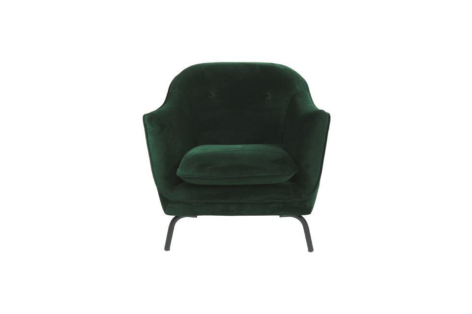Con dimensiones de 82 cm por 78 cm, este sillón es muy cómodo