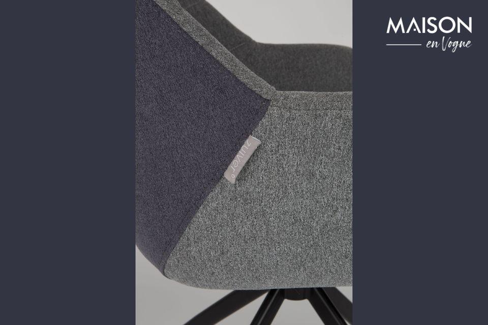 Este sillón debe su clase y elegancia a su aspecto retro