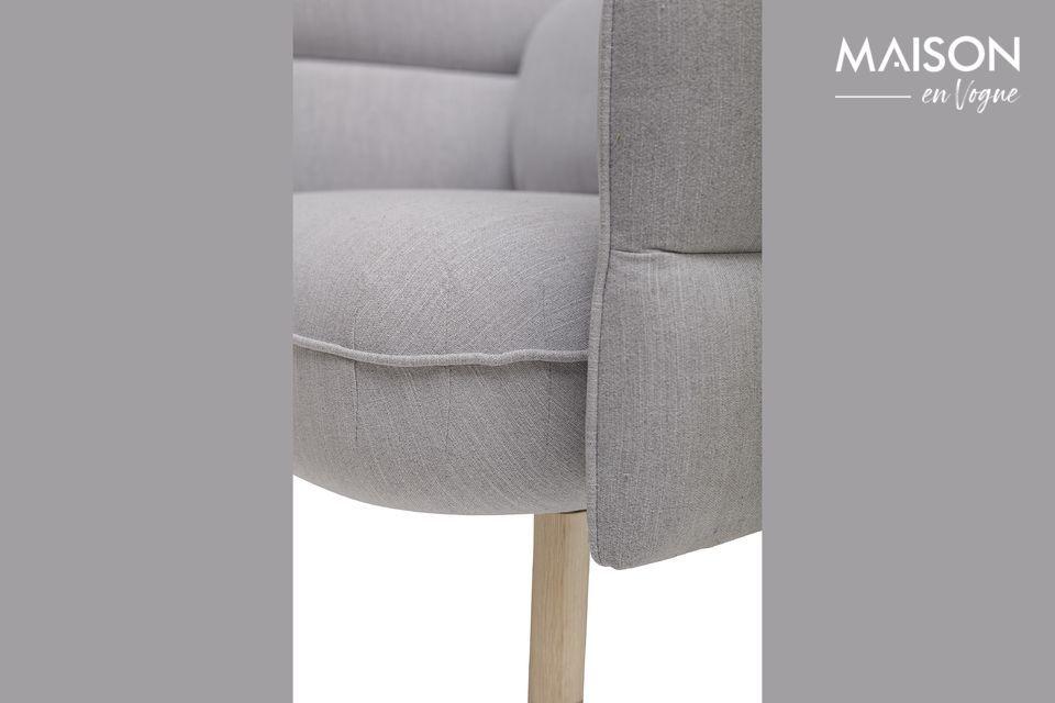 Este asiento, editado por el danés Bloomingville, es el hijo de un sillón y un edredón