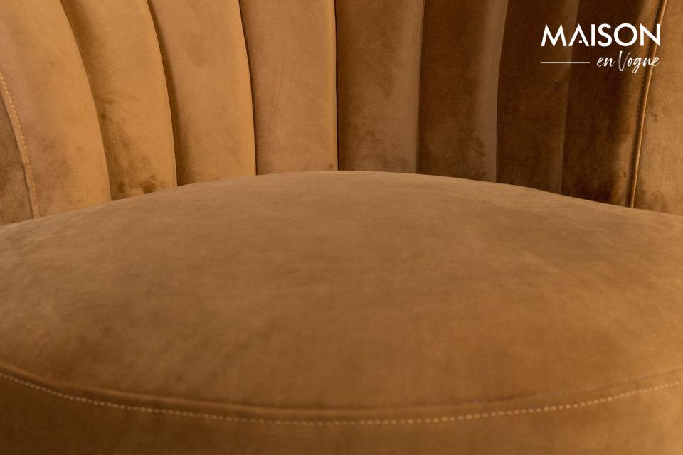 Sus bellas formas redondeadas, su originalidad y comodidad lo convierten en un mueble excepcional