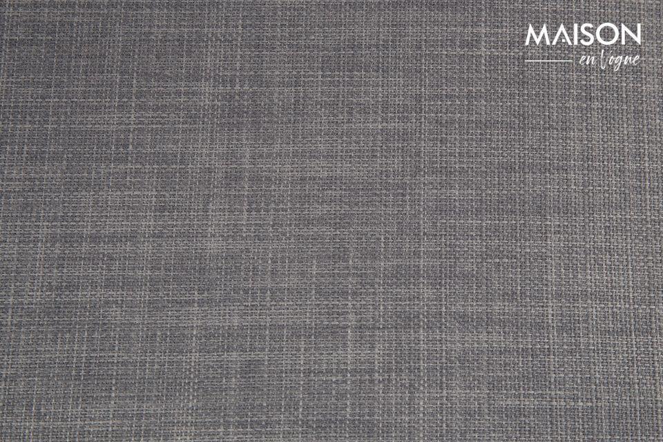 El color gris (disponible en claro u oscuro) asegura su elegancia y refinamiento