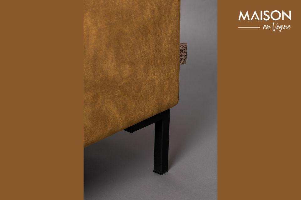 El asiento y el respaldo han sido especialmente diseñados para asegurar un confort de calidad