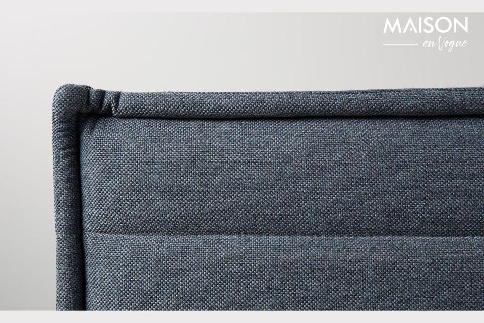 Este sillón de Jaey de Zuiver es un modelo moderno en un color crudo y masculino