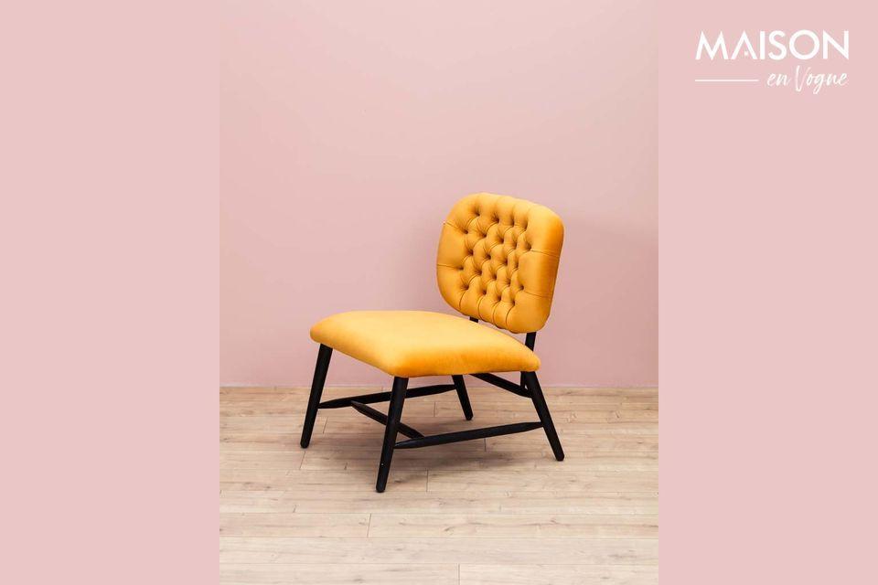 La originalidad de este sillón radica principalmente en su característico color ocre